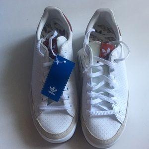 Adidas Rod Laver (Never Worn)
